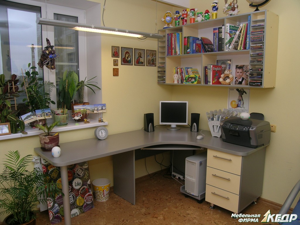 Купить компьютерный стол по лучшей цене в харькове и украине.