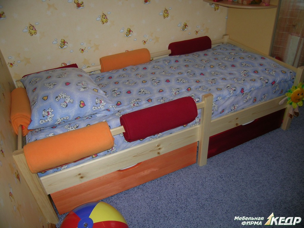 Мягкая детская кровать своими руками