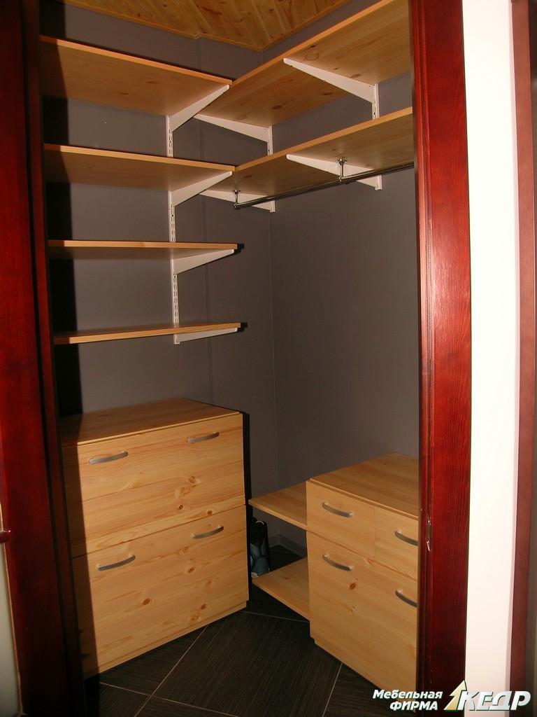 """Компактный гардероб мебельная фирма """"кедр""""."""