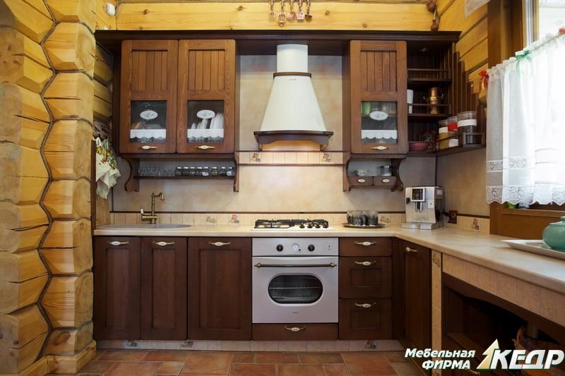 Традиционно считается, что кухня в деревянном доме — это одно из самых уютных мест. Если вы не согласны с этим, то задумайтесь: а не настало ли время изменить что-то в своем жилище?. В статье мы расскажем об основных принципах оформления подобных помещений, продемонстрируем фото.